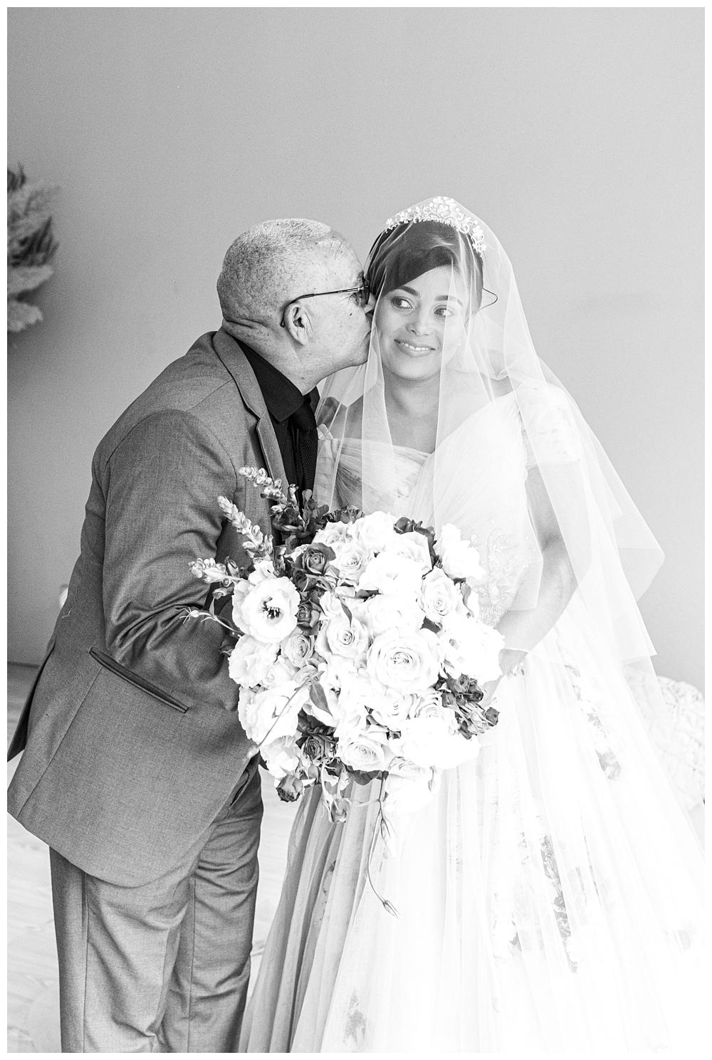Best_Wedding_Photographer_AlexanderSmith_0882.jpg