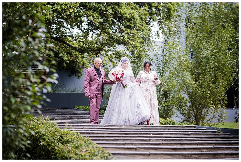 Best_Wedding_Photographer_AlexanderSmith_0906.jpg
