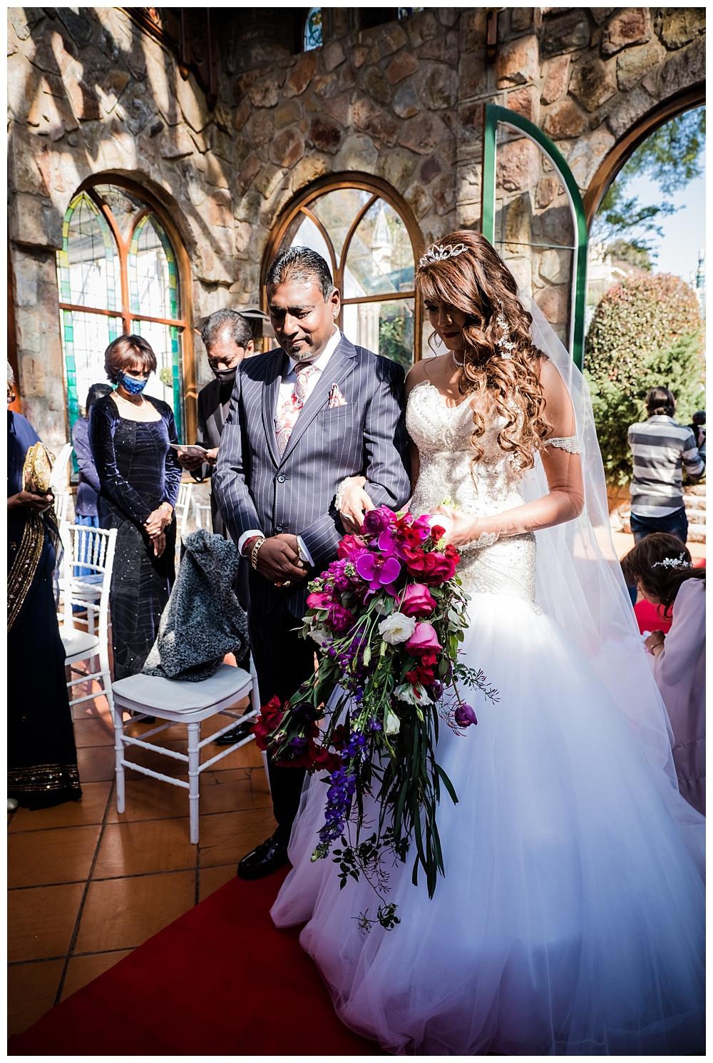 Best_Wedding_Photographer_AlexanderSmith_1802.jpg